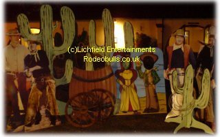 Wild West theme props - Cactus, Barrels, Wagon Wheels, Flags, Bunting, Cowboy Figures, Lasso